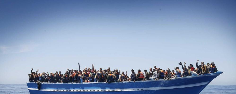 Migranti: Frontex, metà arrivi in prime 6 settimane su 2017