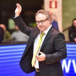 La Final Eight di Coppa con Cantù Inizia Sacripanti contro Sacchetti