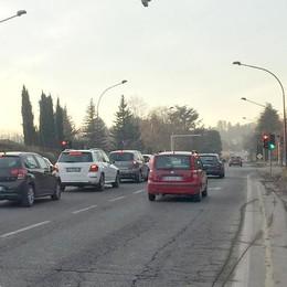 """Boom di multe a Casiglio    In 7.638 """"presi"""" al semaforo"""