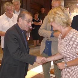 La Via Crucis con Delpini  Attesi a Erba duemila fedeli