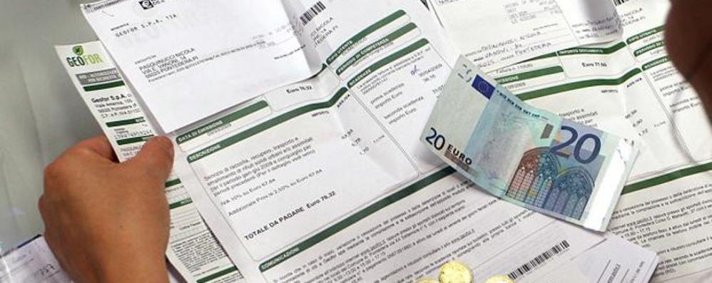 Como: utenti morosi  e i veri rincari in bolletta  Due euro all'anno