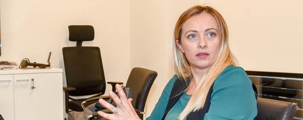 Intervista a Giorgia Meloni:   «Niente inciuci. Violenza? Colpa del Pd»