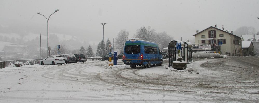 Neve in Valle Intelvi, Sormano e Brunate  Fiocchi a bassa quota fino a mercoledì