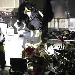 La lavastoviglie prende fuoco  Cucina distrutta a Lomazzo