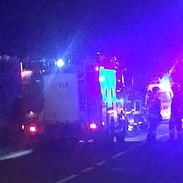 Montorfano, scontro in via Brianza  Tre auto coinvolte e due feriti
