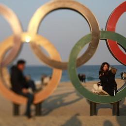 Corea, si accendono le Olimpiadi  Ma si spegne la tv: dirette dimezzate