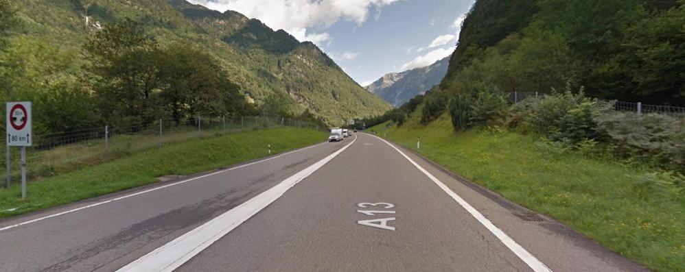 Svizzera, va oltre i limiti  Multato due volte  comandante della polizia