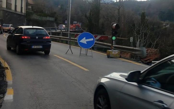 Menaggio: semafori sulla Regina  Primi disagi, svincolo in tilt
