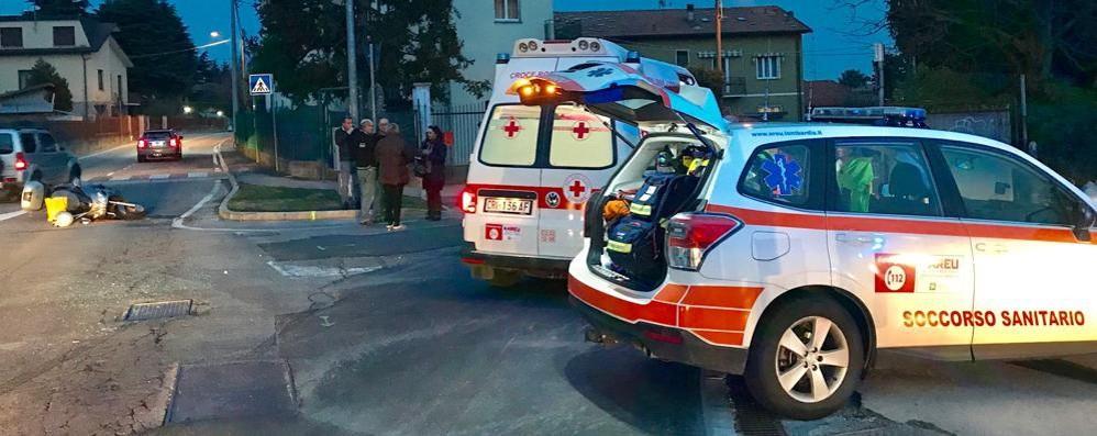 Montorfano, incidente in via Albese  Ferito uomo di 70 anni sullo scooter