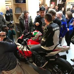 Ecco la moto di Corti per il Civ La livrea e il casco per Pirovano