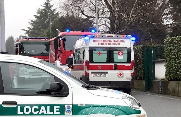 I mezzi di soccorso  nella foto di Gianluca Galli
