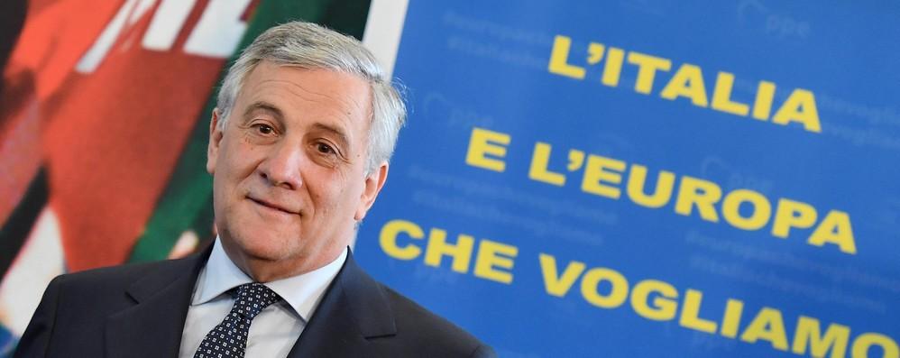 Tajani, non possiamo chiedere a Merkel di fare premier da noi