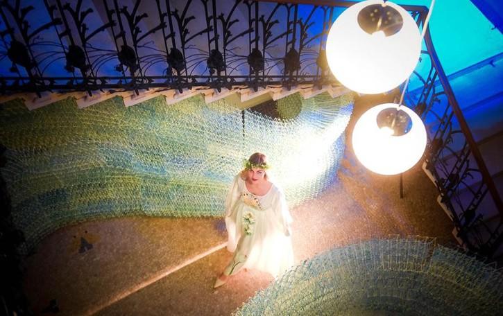Cernobbio, dona un abito di seta  «È un omaggio a Villa Bernasconi»