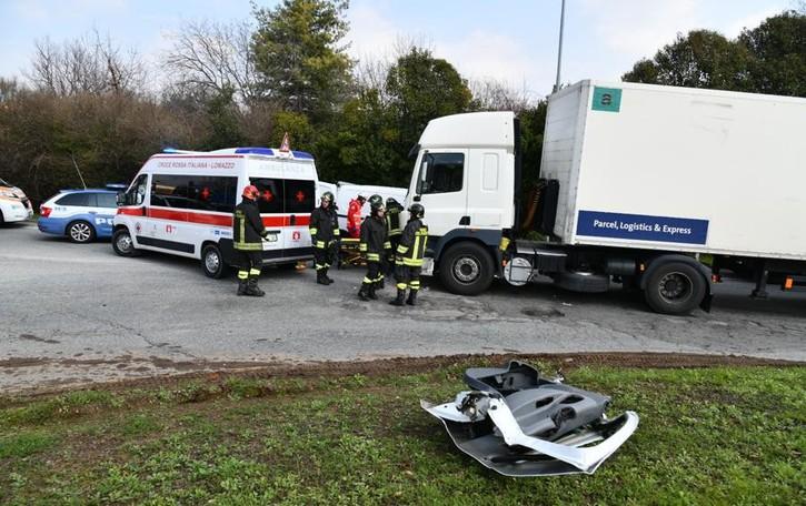 L'incidente a Lomazzo  Era in fuga dalla polizia