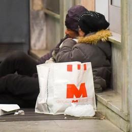 Appello per i clochard al gelo  «Ce ne sono 15 senza un rifugio»