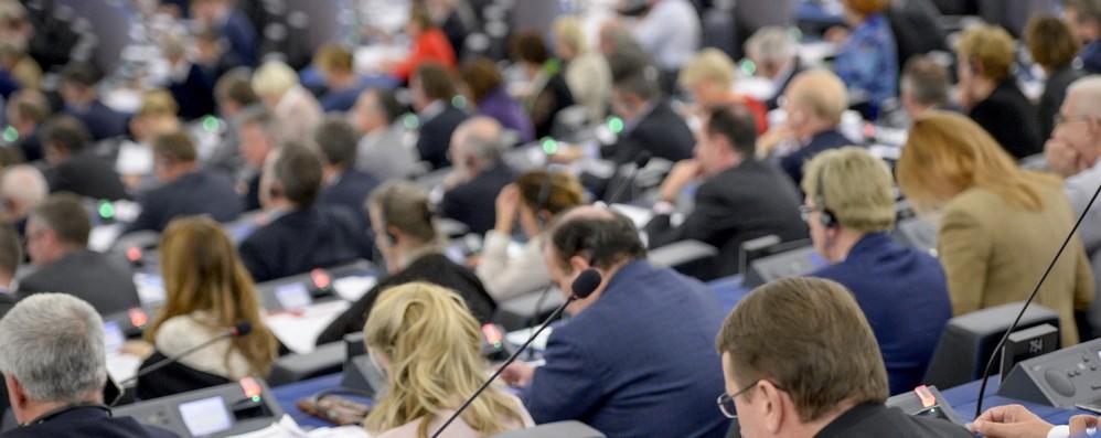 Spitzenkandidaten, Eurodeputati mettono in guardia governi Ue