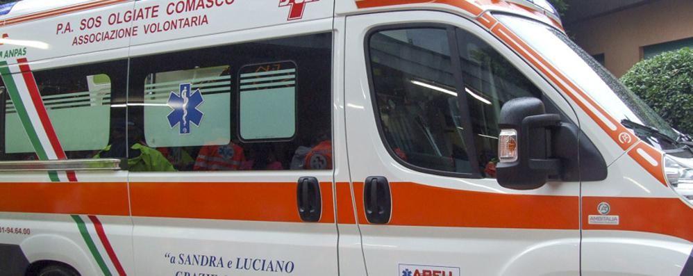 Bulgarograsso: auto fuori strada  Ferite cinque donne