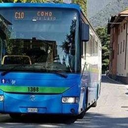 Lago, la beffa del bus in più per gli studenti  Arriverà, ma con le scuole già chiuse