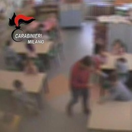 Brianza, bimbi maltrattati  Arrestata maestra d'asilo   Il video dei carabinieri