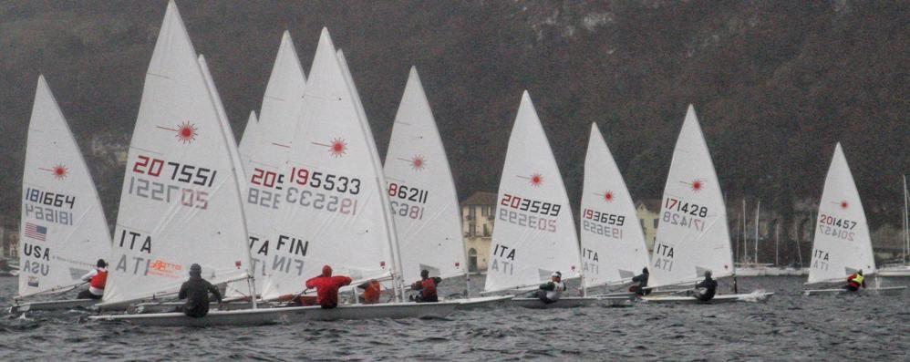 Vela regata di apertura  organizzata dallo Yacht Club
