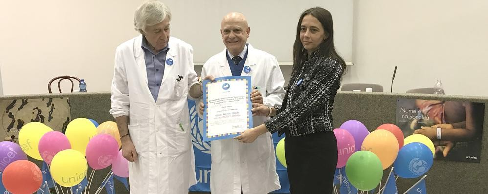 Erba, qui l'ospedale amico dei bambini  L'attestato Unicef unico in Lombardia