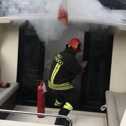 Lezzeno, barca in fumo  Turisti salvati da Matteri