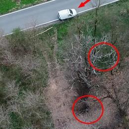 Olgiate, i boschi della droga  Gli spacciatori filmati da un drone