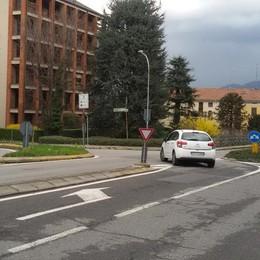 Cantù, due rotatorie in via Saffi  «Traffico più veloce verso Como»