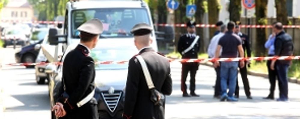 Brianza: spara alla moglie  e la uccide in strada