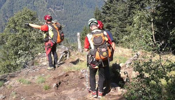 Canzo, scivola sul sentiero per Terz'Alpe  L'escursione finisce all'ospedale