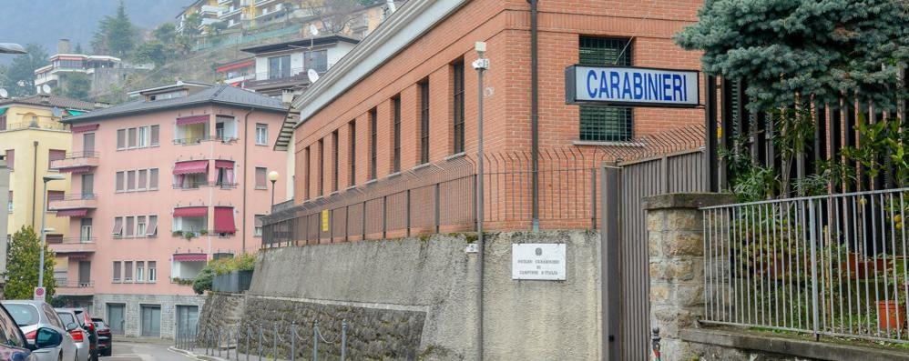 Campione, lite con il padre Poi aggredisce i carabinieri