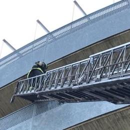 È un pompiere il piromane dell'autosilo Identificato grazie alle telecamere (video)