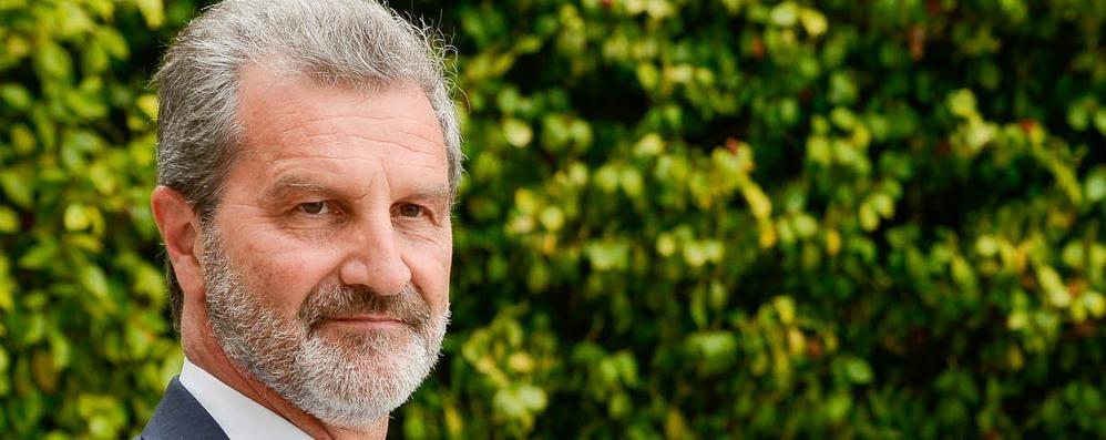 Tremezzina, il sindaco va alla Guerra  «Basta fake, quel cemento non è mio»