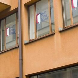 Chiude Wall Street English a Como    Sede deserta, l'ira degli studenti