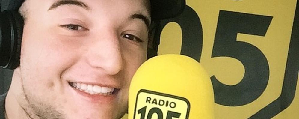 Lurate, a 20 anni è mago in radio  «Illusionismo solo con la voce»