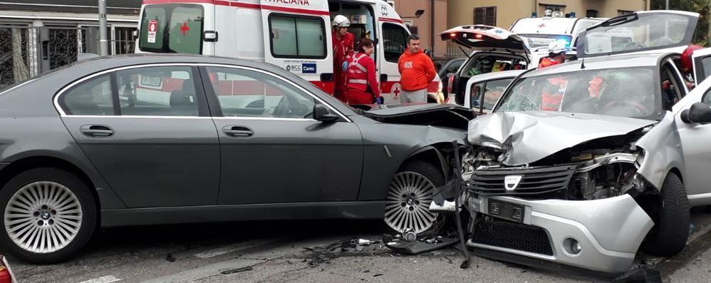 Cantù, incidente con tre feriti  Per fortuna non sono gravi