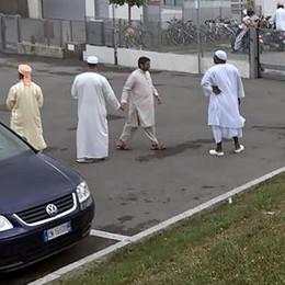 Il Tar dà ragione agli islamici  Sì al Ramadan nel capannone