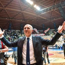 Cantù, le dediche di coach Sodini «A chi mi ha aiutato quest'anno»