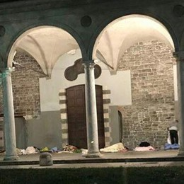 San Francesco, tornano i senzatetto