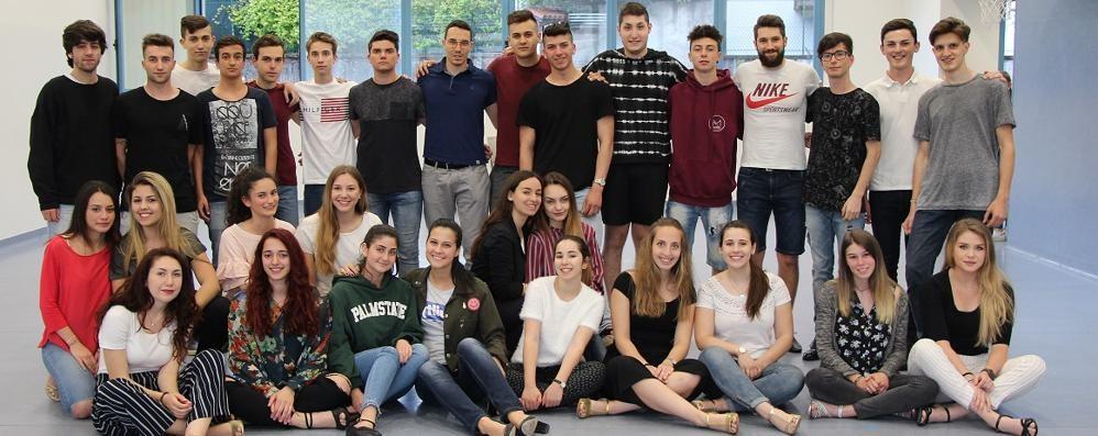 Ballo dei Debuttanti a Casnate  È l'anno dei millennials: tante novità
