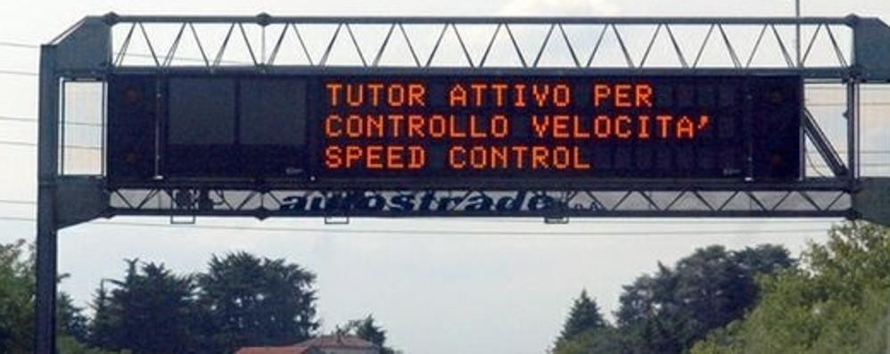 """Spenti tutti i """"Tutor""""  Basta multe in autostrada"""
