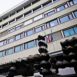 Duecentomila euro dal manager Alfa  Madre e figlio condannati per truffa