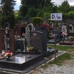 Como, disastro cimiteri  Affidato appalto da 200mila euro