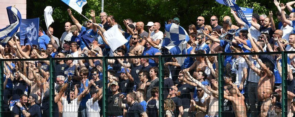 Flop Como, la rabbia dei tifosi «Loro hanno perso apposta, e noi?»