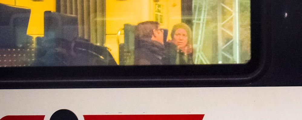 Como: pendolari senza vagoni  Gli svizzeri: colpa di Trenord