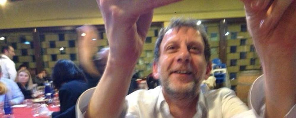 Padre di due figli muore a 45 anni  Domani il triste ritorno a Lomazzo
