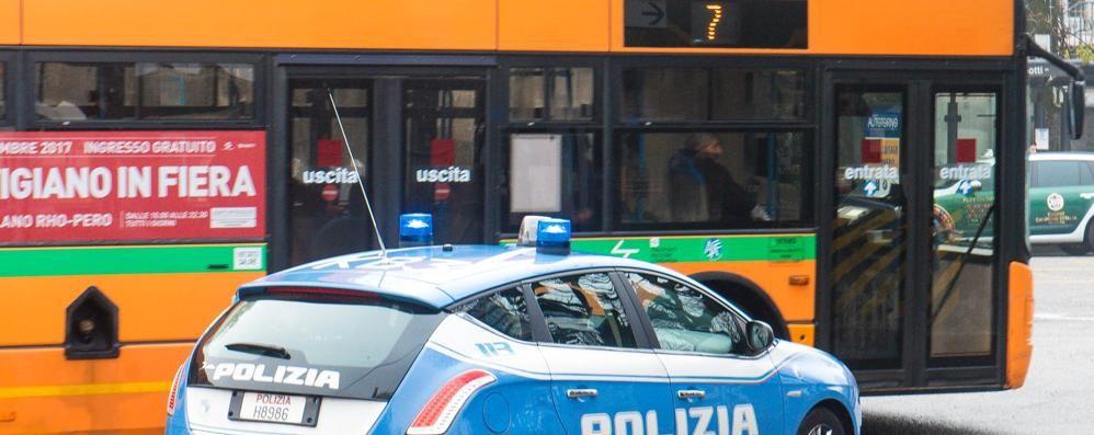 Como, due autisti del bus   aggrediti da un gruppo di stranieri