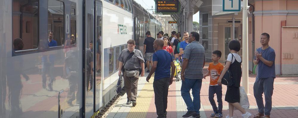 Ancora ritardi sulla Milano-Asso  Terzo mese di sconti ai pendolari