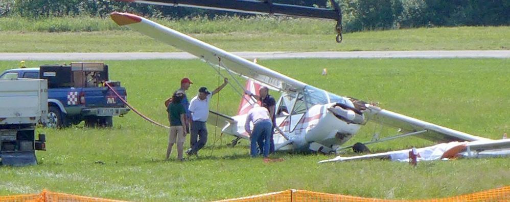 Collisione al decollo  tra aereo e aliante  Alzate, pilota ferito