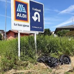 Incidente a Cantù Gravissimo motociclista
